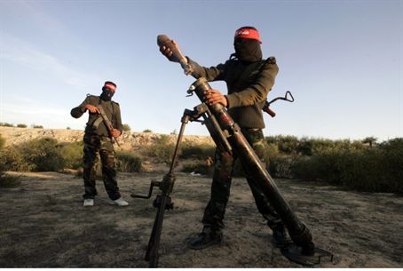 Gaza terrorists firing mortar (archive)