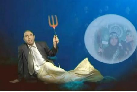 Scene from Latma TV - Obama Underwater Fantas