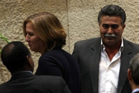 MKs Livni (Kadima) and Peretz (Labor), 25.1.1