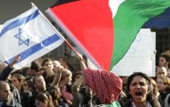 Students rally for Palestinian Authority