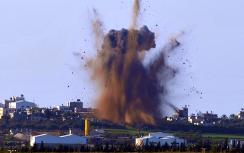 Artillery fire covered ground troops in Gaza