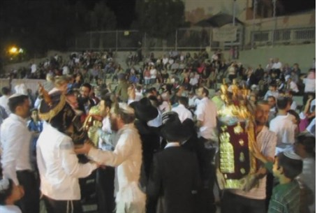 2nd Night Hakafot in Givat Shmuel