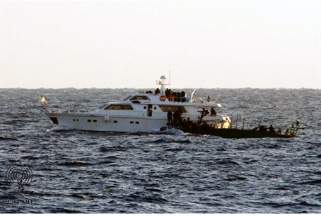 Israeli navy takes over ships in the 2010 flotilla