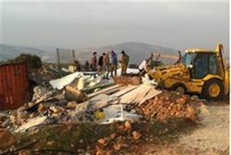 Buildings demolished at Yitzhar