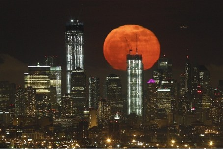 """Super moon""over New York City"