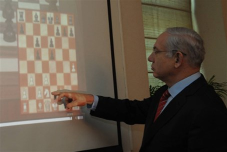 Chessman Netanyahu checks everyhone