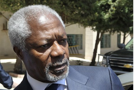 U.N.-Arab League envoy Kofi Annan enters his