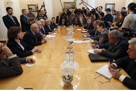 Russian FM Lavror meets with Syrian oppositio