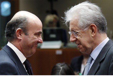 Monti and Spanish Finance Minister De Guindos