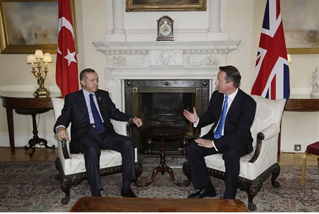 Erdogan speaks with Britain's Prime Minister