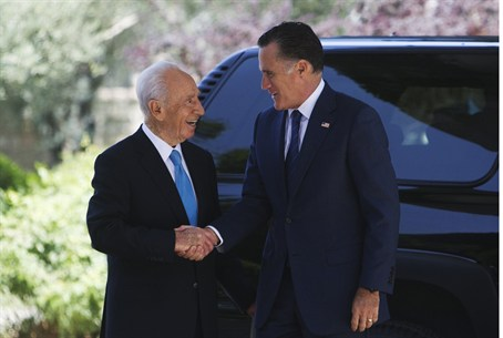 Mitt Romney and President Shimon Peres