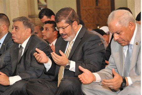 Egypt's President Morsi attends Friday prayer