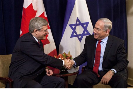 Prime Minister Stephen Harper meets with Prim