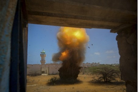 Al Qaeda bomb detonated in Somalia (archive)