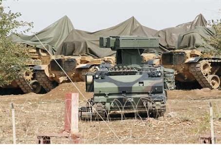 Mobile missile launchers at Turkish base on S