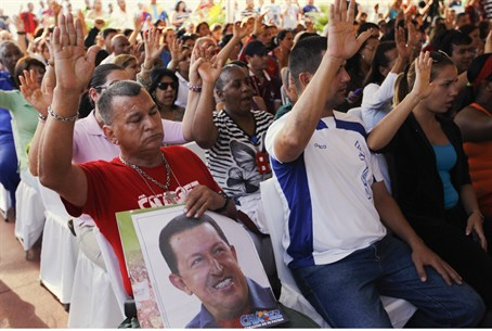 Prayer rally for Chavez in Caracas