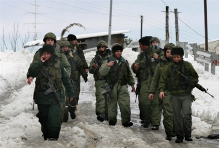 IDF soldiers brave the snow