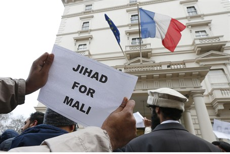 British Islamists protest outside the French