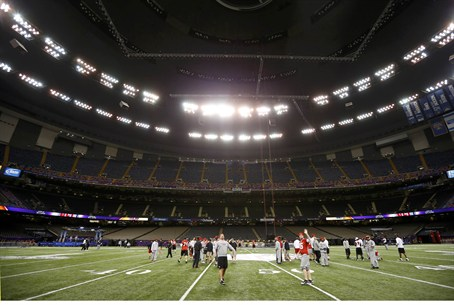 San Francisco 49ers practice at Superdome
