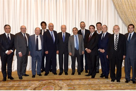 Peres meets with Jewish leaders from Paris an