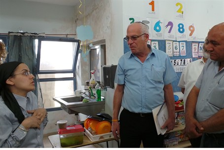 Uri Ariel at Sderot kindergarten