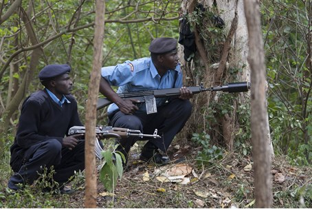 Kenyan security forces battle Al Shabaab terr