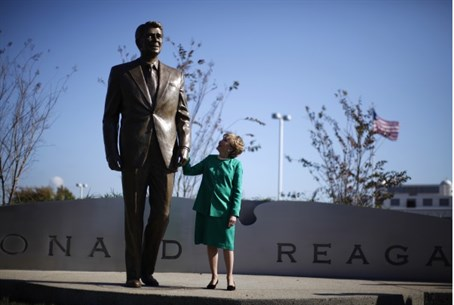 Elizabeth Dole next to statue of Ronald Reaga