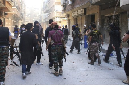 Fighters in Yarmouk camp