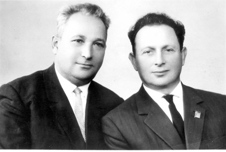 Alexander Pechersky, left, with fellow Sobibo