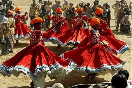 Rajasthani dancers at Pushkar Fair