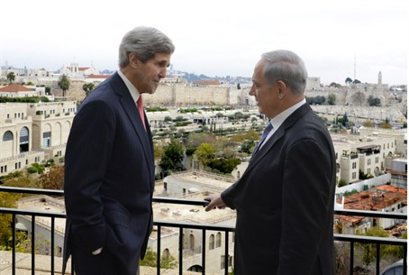 Binyamin Netanyahu and John Kerry in Jerusale