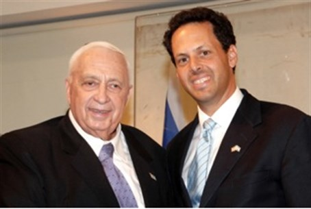 Ariel Sharon with Mark Wilf of Jewish Federat