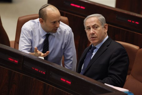 Jewish Home head Naftali Bennett (L) with Likud chief PM Binyamin Netanyahu
