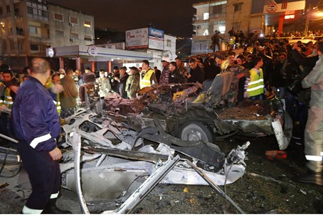 Aftermath, bus bomb in Beirut, 3.2.2014