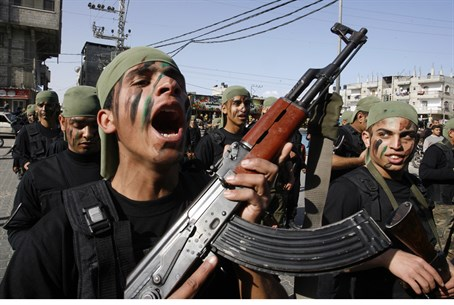 Young Hamas recruits in Gaza