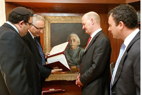 David Willetts (2nd right) meets Shai Piron (