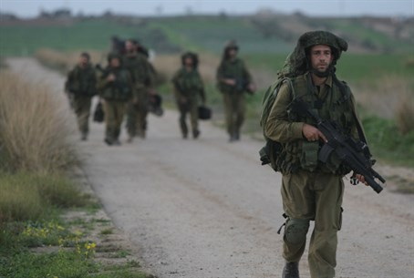 IDF soldiers near Gaza (file)