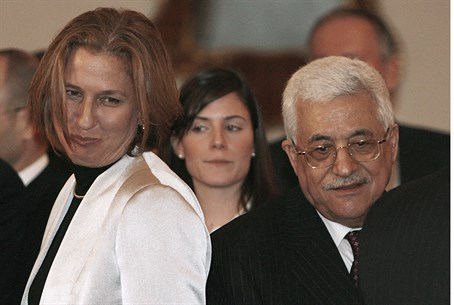 Tzipi Livni and Mahmoud Abbas (file)