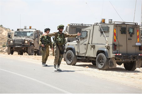 IDF troops search for missing boys