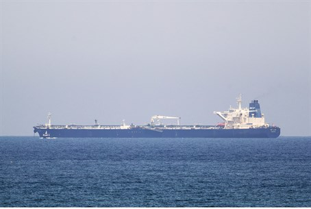 SCF Altai tanker approaches Ashkelon port