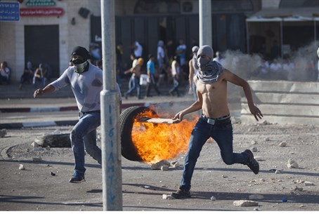 Arab rioters in Jerusalem