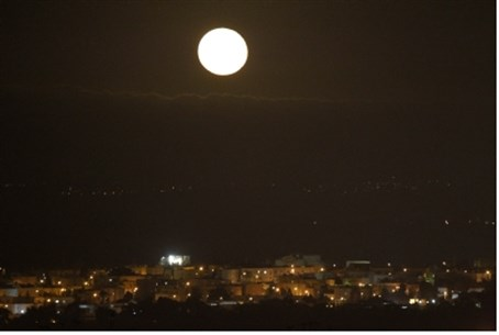 Full moon over Sderot.