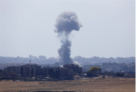 Israeli airstrikes in Gaza resume after Hamas
