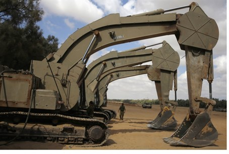IDF excavators in Gaza
