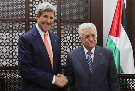 John Kerry, Mahmoud Abbas