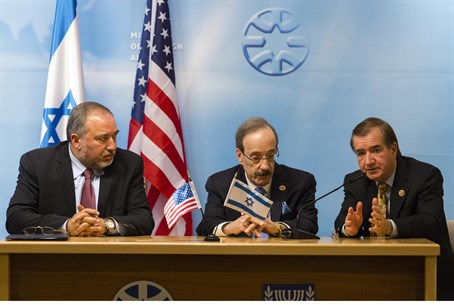 Liberman (L) with Congressmen Engel (C) and R