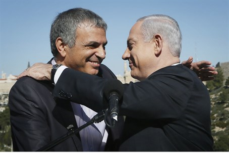 Kahlon and Netanyahu in better times