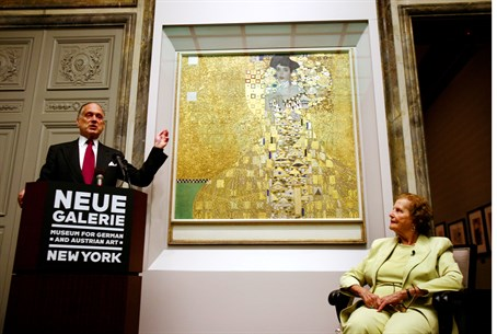 Lauder (L) announces acquisition of 'Adele Bloch-Bauer I' , with Altmann, (R) - 2006