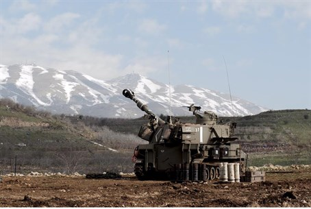 Israeli artillery responds to Hezbollah attack on IDF convoy (Jan 2015)