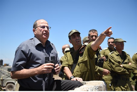 Moshe Yaalon tours the Golan Heights